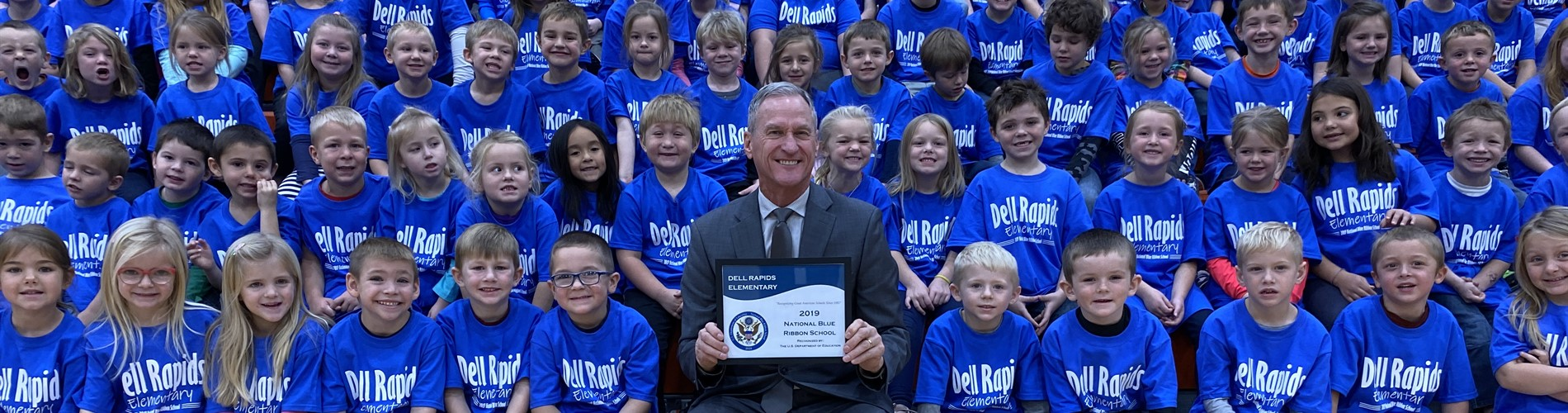 Students pictured with former SD Governor Dennis Daugaard at the National Blue Ribbon School celebration.